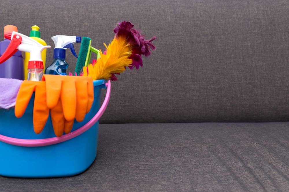Spring Cleaning Tips to Spruce up Your Office Space