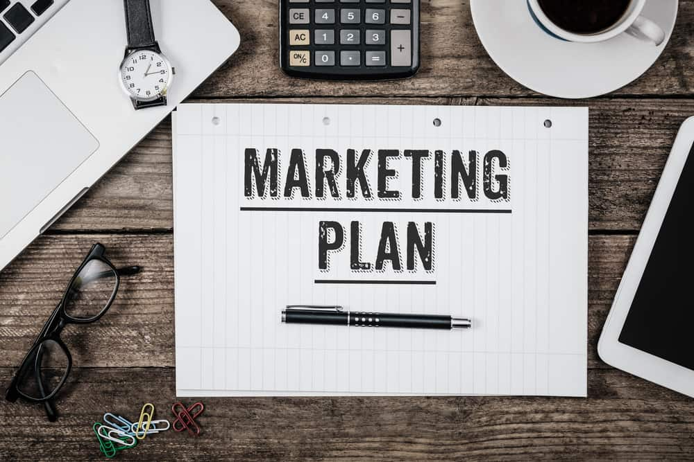 Make a marketing plan for your commercial retail business